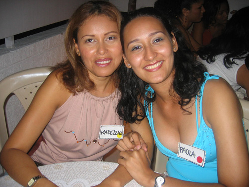 Two gorgeous Cartagena women